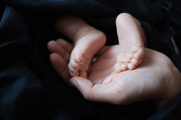 איך לבחור עגלה לתינוק: 4 טיפים שימושיים